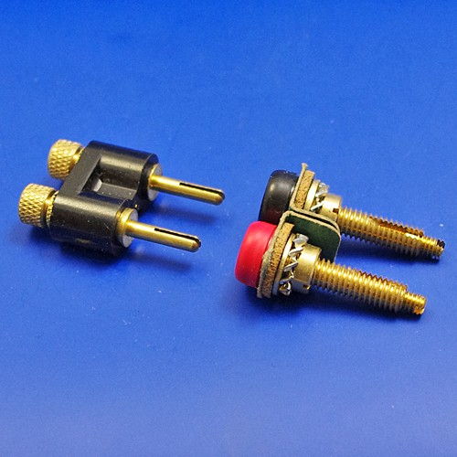 dashboard socket and plugs- equal pins